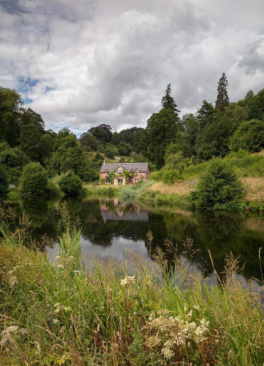 Loch and Sir Stuart's House, Fingask Castle