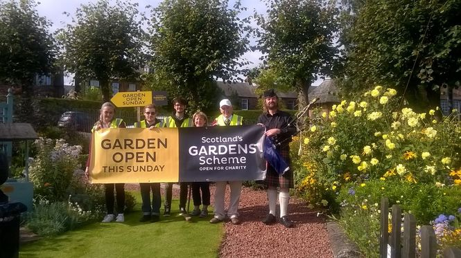 What is it Like to Volunteer with Scotland's Gardens Scheme?