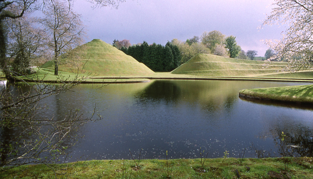 Portrack, The Garden of Cosmic Speculation